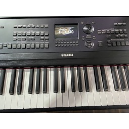 Yamaha-DGX670B
