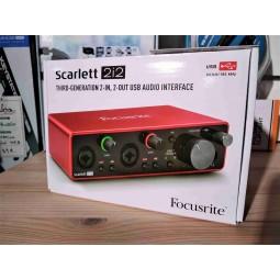 Focusrite_SCARLETT3_2I2_USB-C