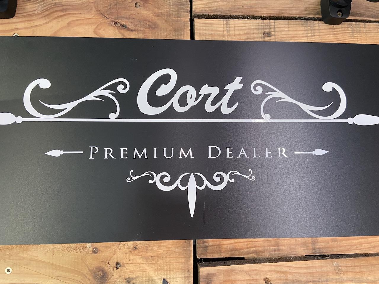 Cort premium dealer